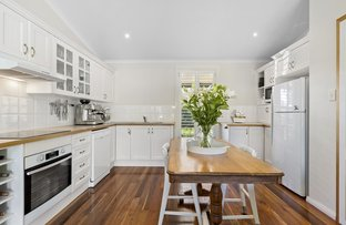 Picture of 41 Cams Boulevard, Summerland Point NSW 2259