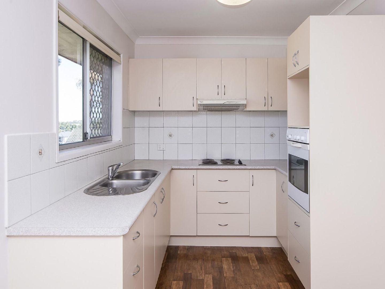 4 Koomba Street, Shailer Park QLD 4128, Image 2