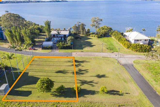Picture of 48 Bay Dr, RUSSELL ISLAND QLD 4184