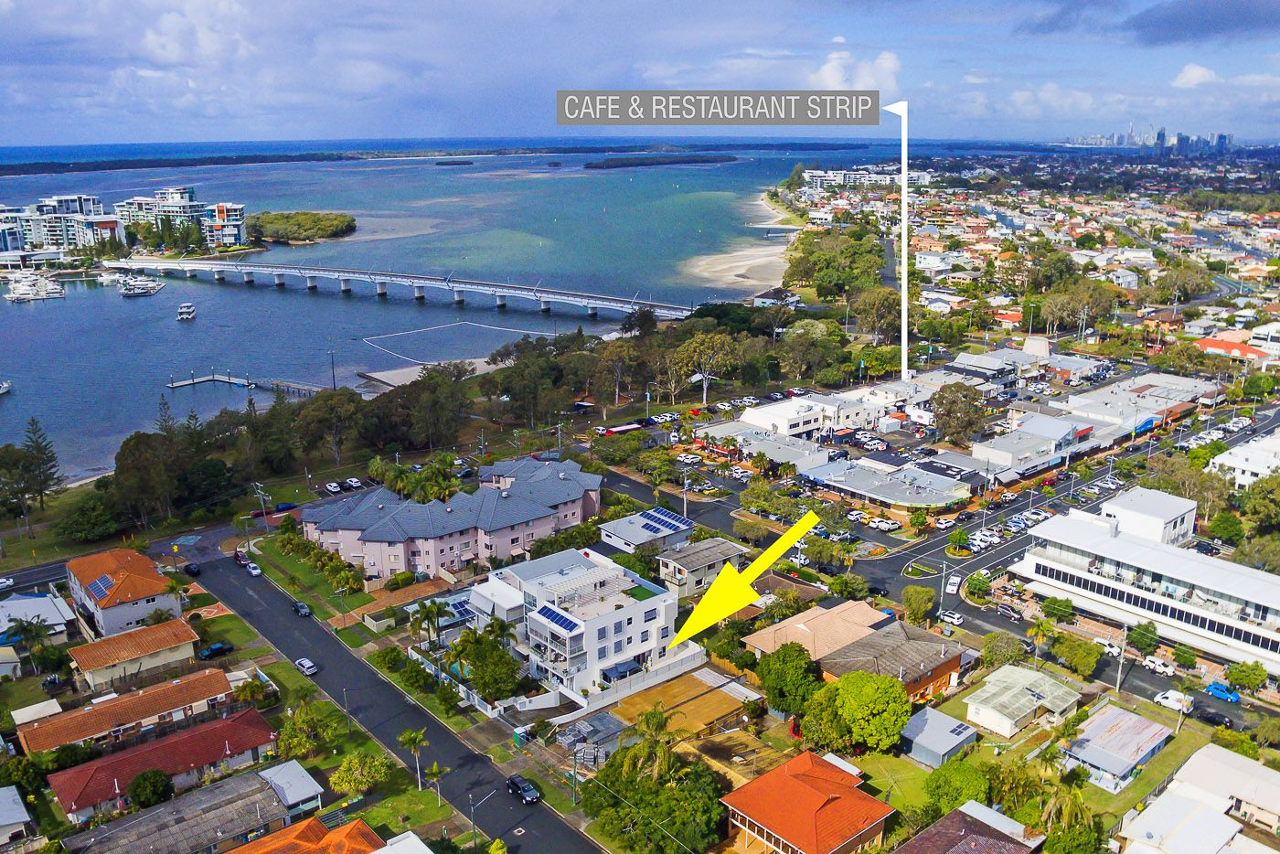 3/8-10 Victor Avenue, Paradise Point QLD 4216, Image 0