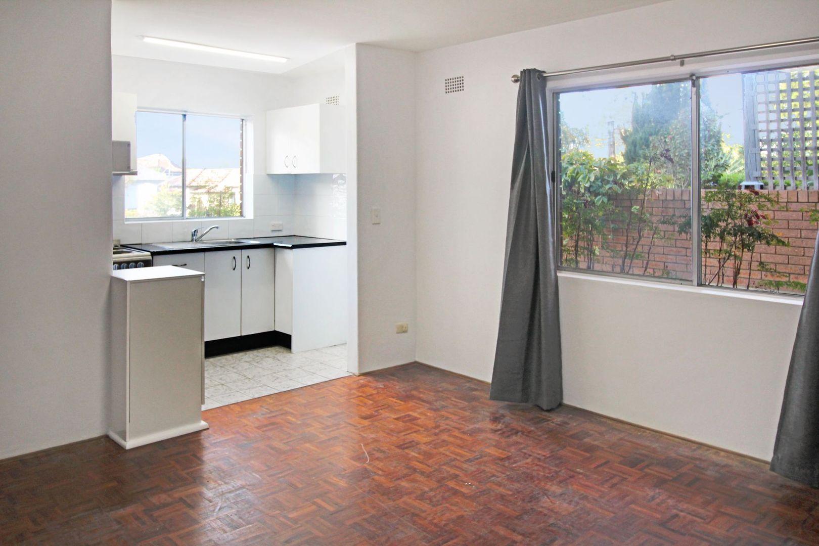 1/7 Cambridge Street, Gladesville NSW 2111, Image 1