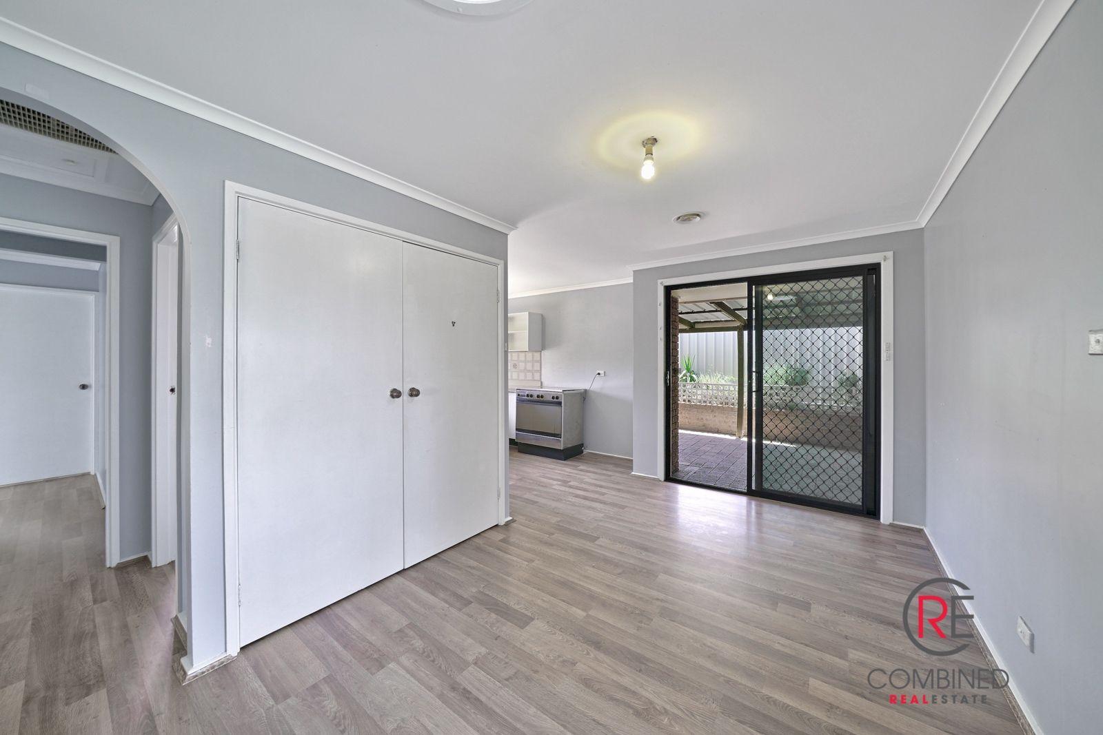 16 Karrabul Road, St Helens Park NSW 2560, Image 2