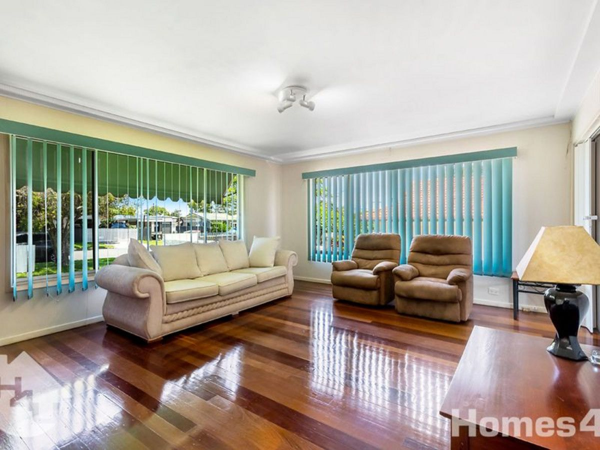 35 Valerie Street, Clontarf QLD 4019, Image 2