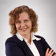 Christine Dinas, Licensed Property Agent