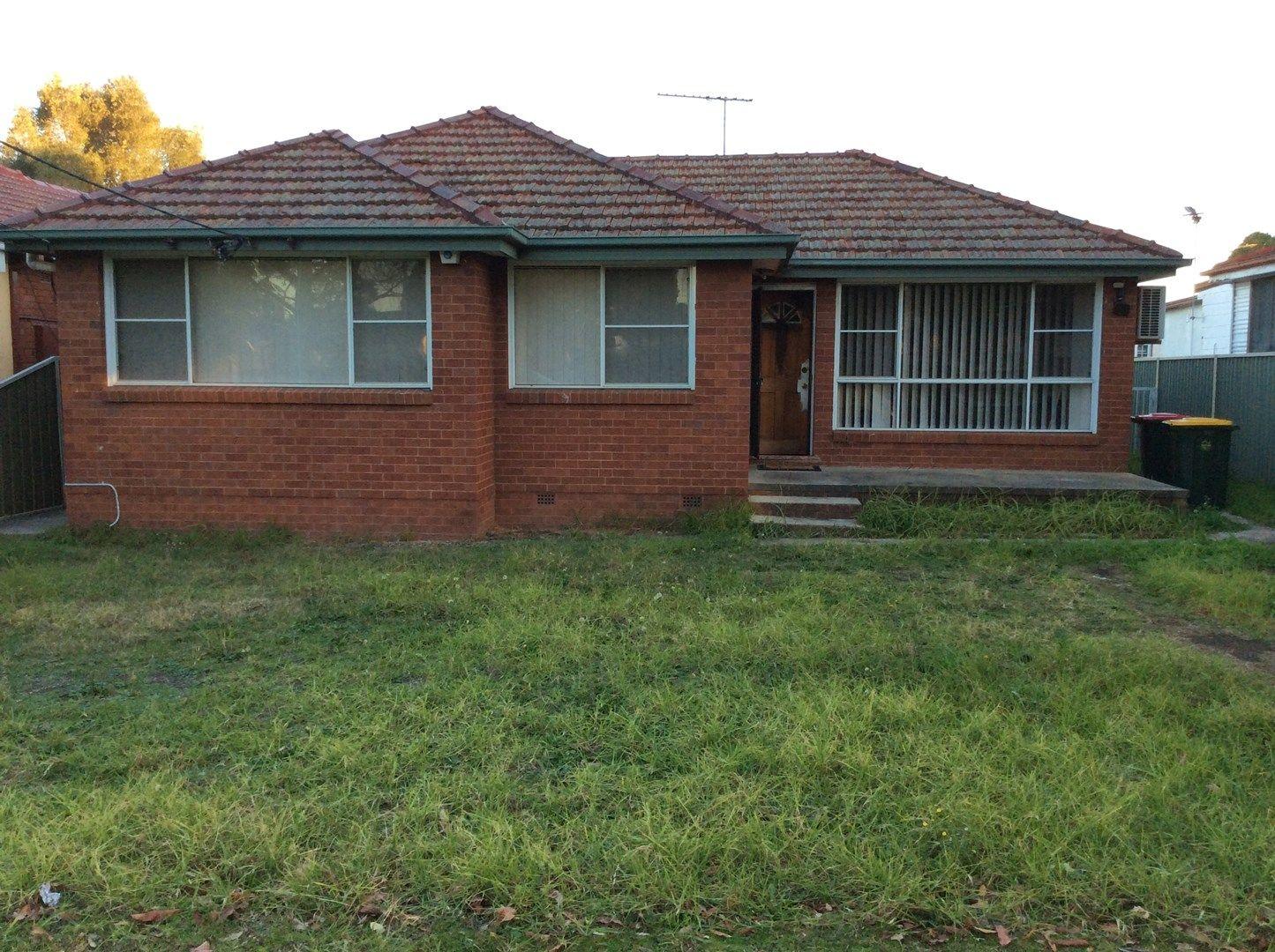 28 Hinkler Street, Smithfield NSW 2164, Image 0