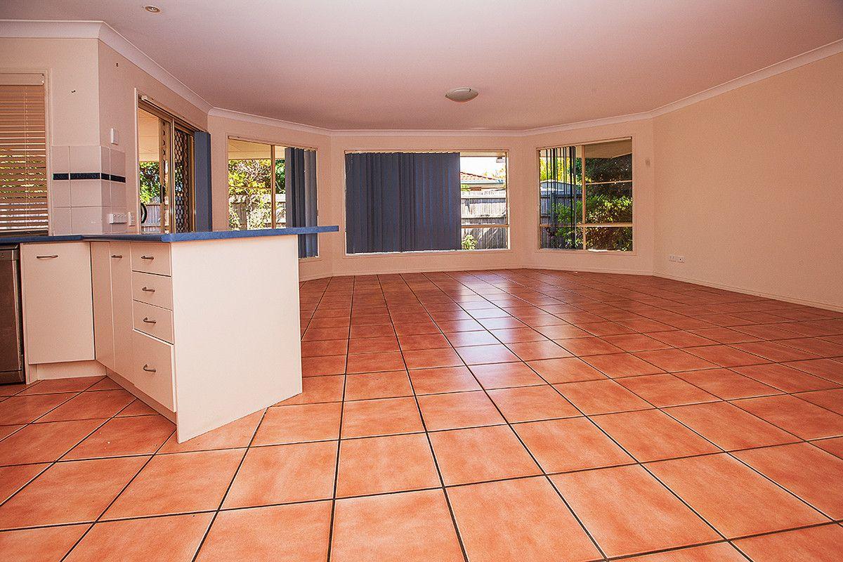 6 Bellenden Court, Victoria Point QLD 4165, Image 2