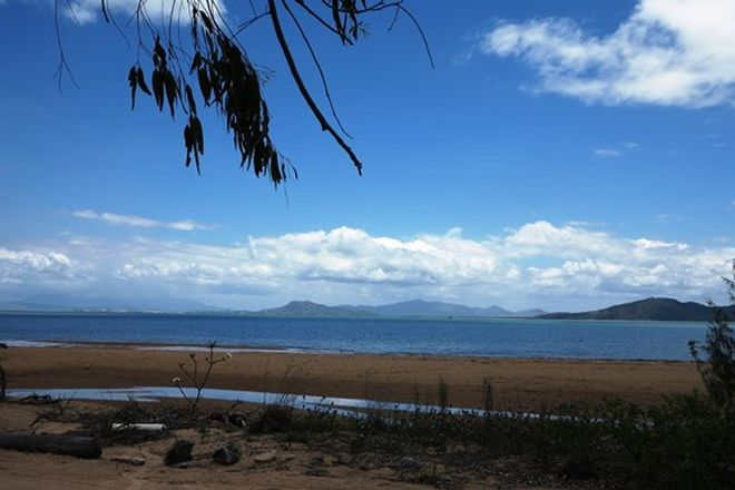Picture of 780 West Point Road, WEST POINT QLD 4819