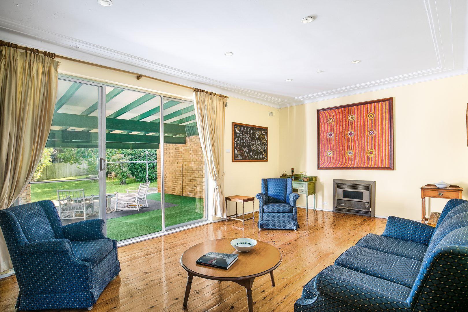 9 Richard  Road, St Ives NSW 2075, Image 2
