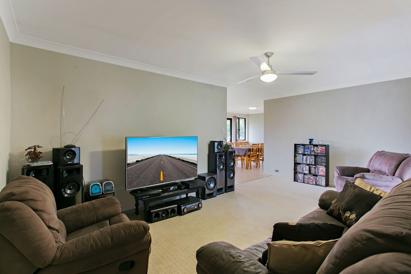 27 Quelch Street, Rockville QLD 4350, Image 2