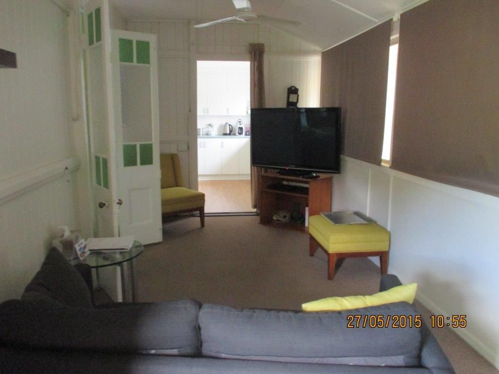 Unit 4  12 Humphrey, West End QLD 4810, Image 2