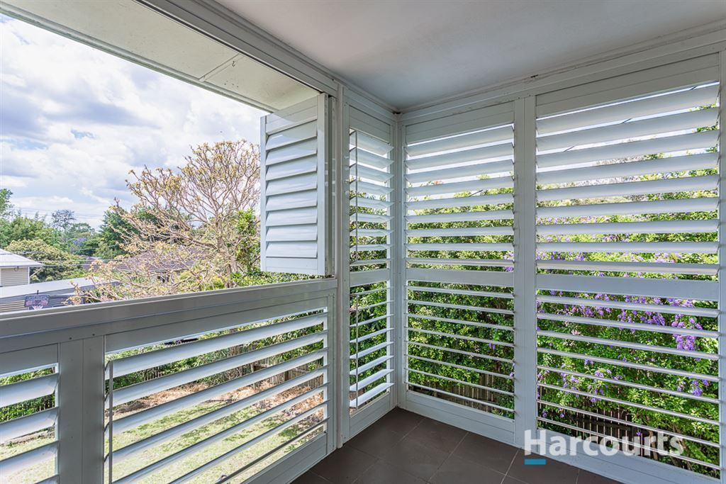 6 Georganne Street, The Gap QLD 4061, Image 2