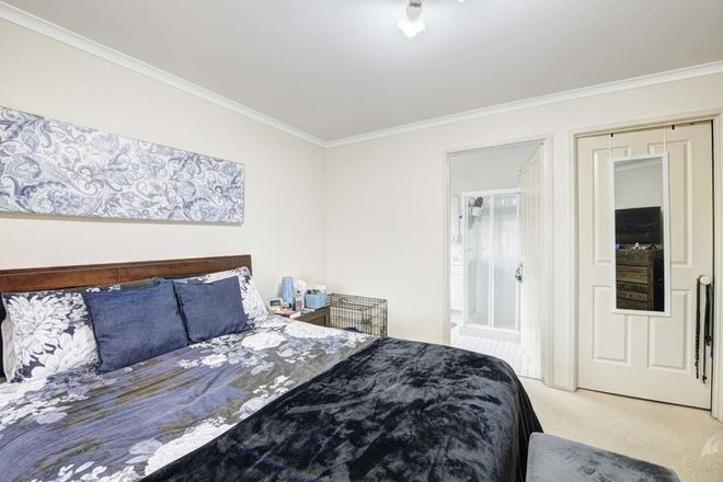 Picture of 20 Lachlan Avenue, TUNCURRY NSW 2428