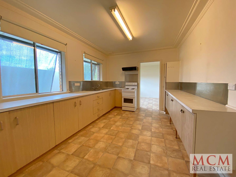 Armidale Road, East Tamworth NSW 2340, Image 2