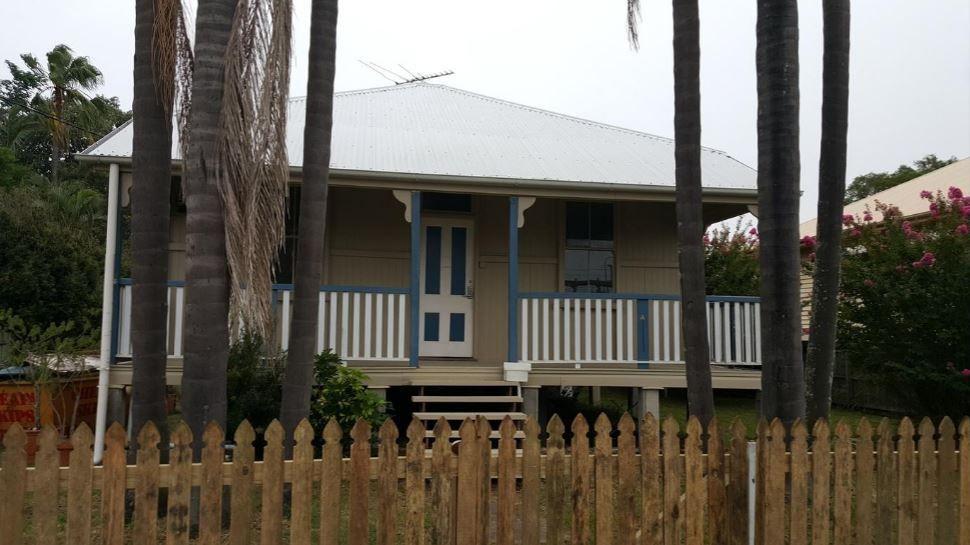 18 Yarrabin Street, Coorparoo QLD 4151, Image 0