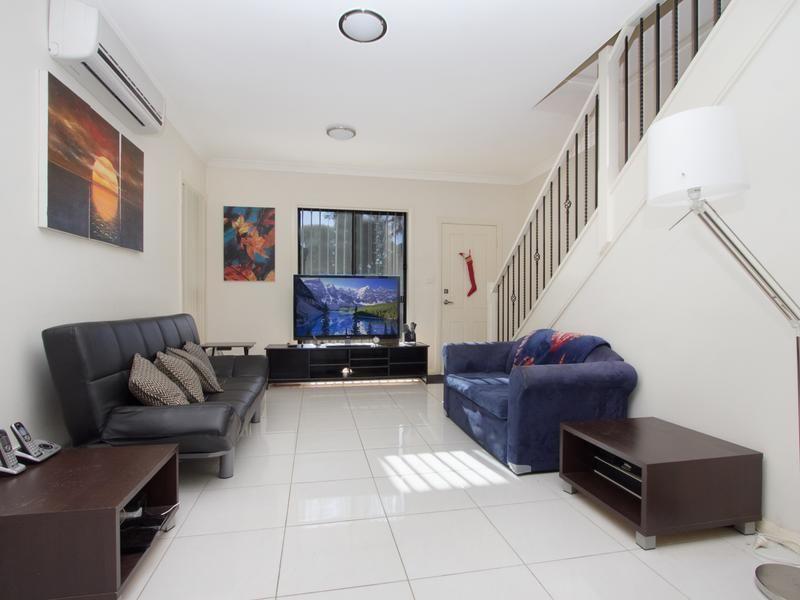 5/11 Saywell Road, Macquarie Fields NSW 2564, Image 2