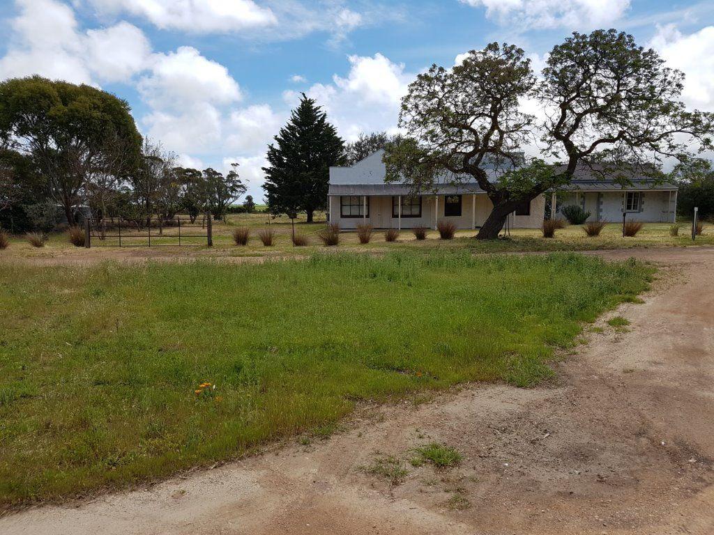 1032 Port Victoria Road, South Kilkerran SA 5573, Image 2