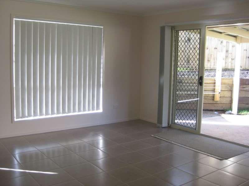2/10 Elle Court, Warner QLD 4500, Image 1
