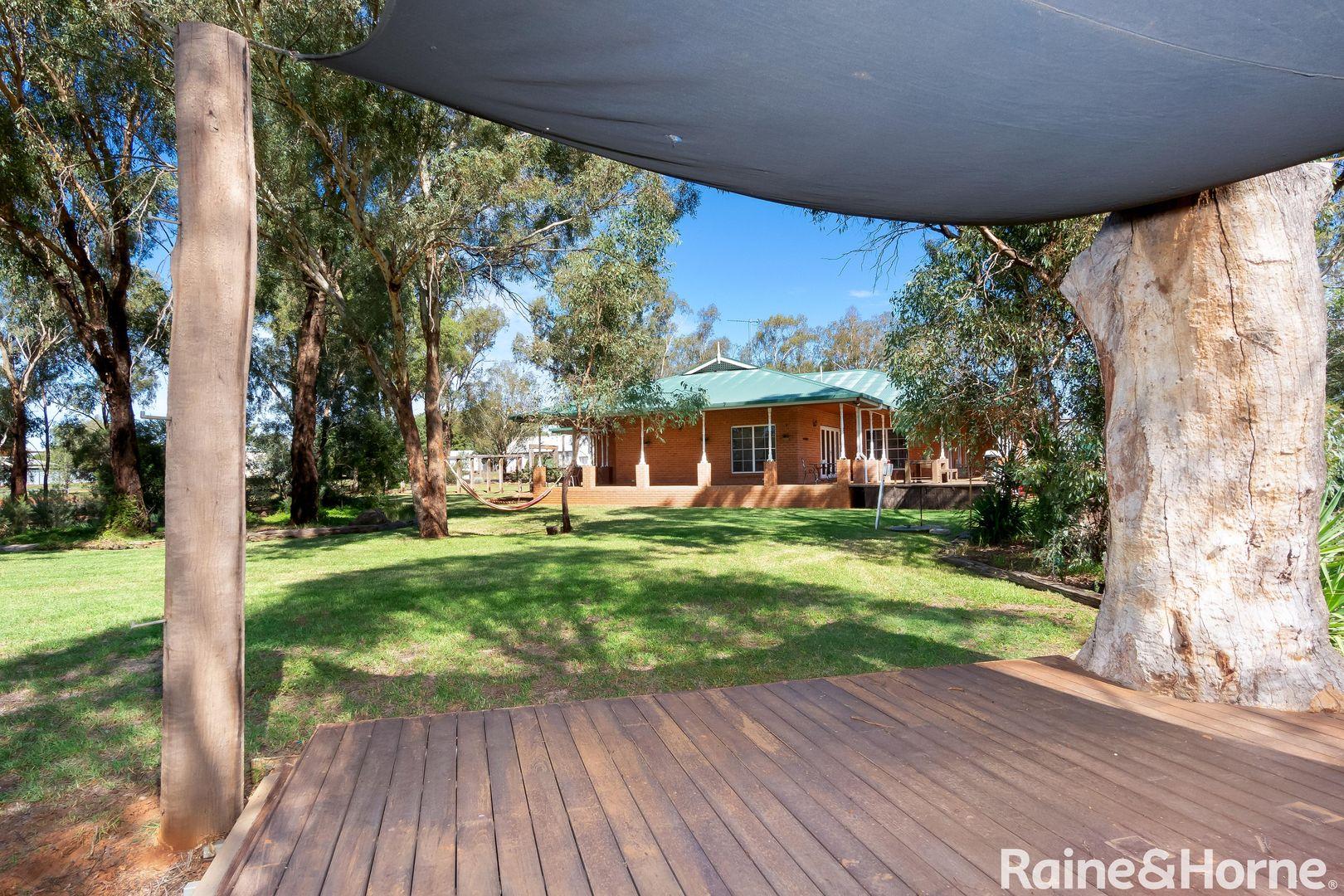 2 Macdonnell Street, Collingullie NSW 2650, Image 1