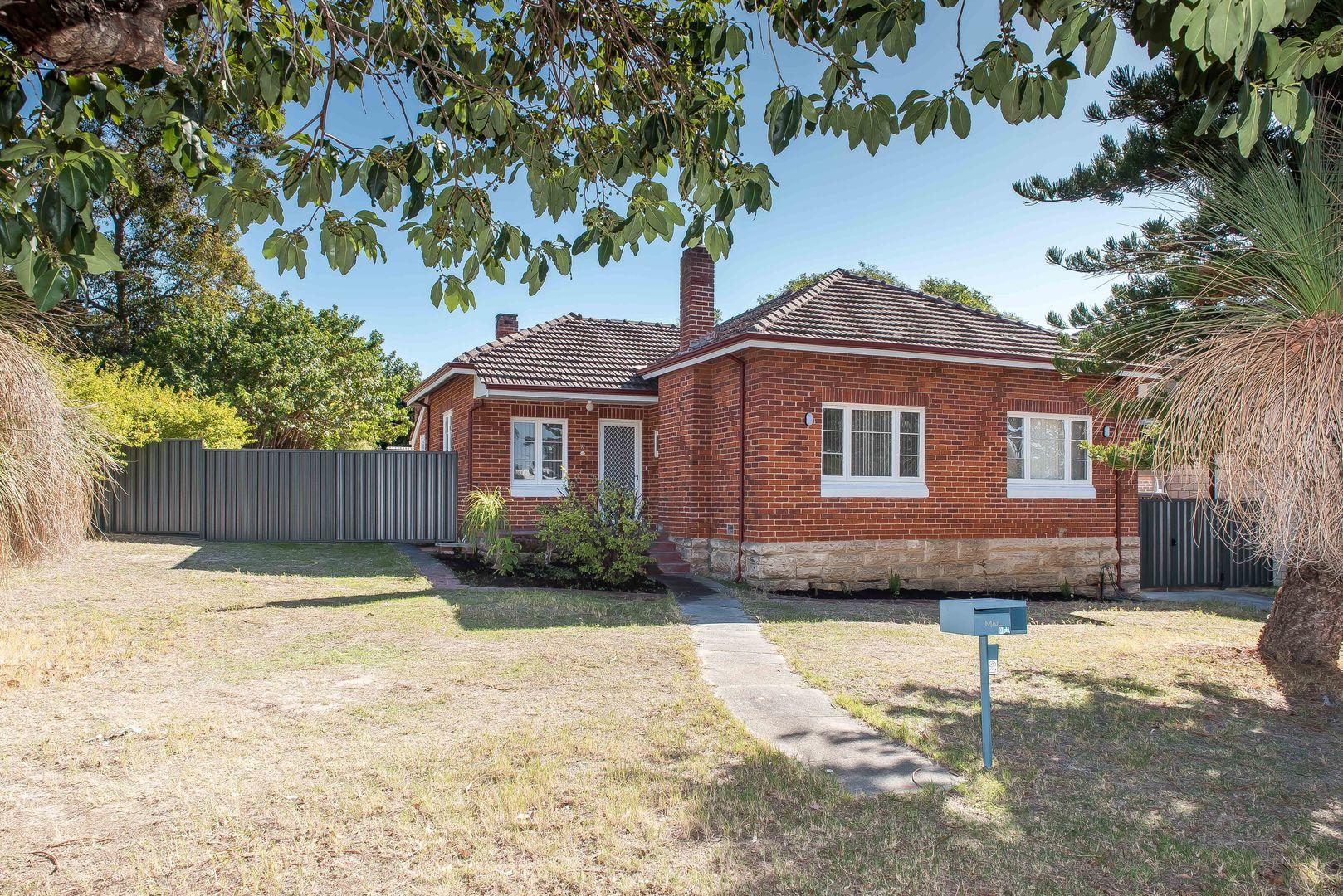 2 Redcourt Road, Attadale WA 6156, Image 1