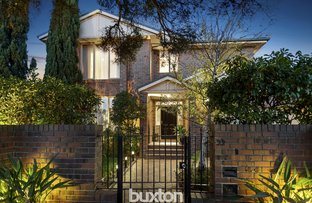 Picture of 22 Oak Street, Bentleigh VIC 3204