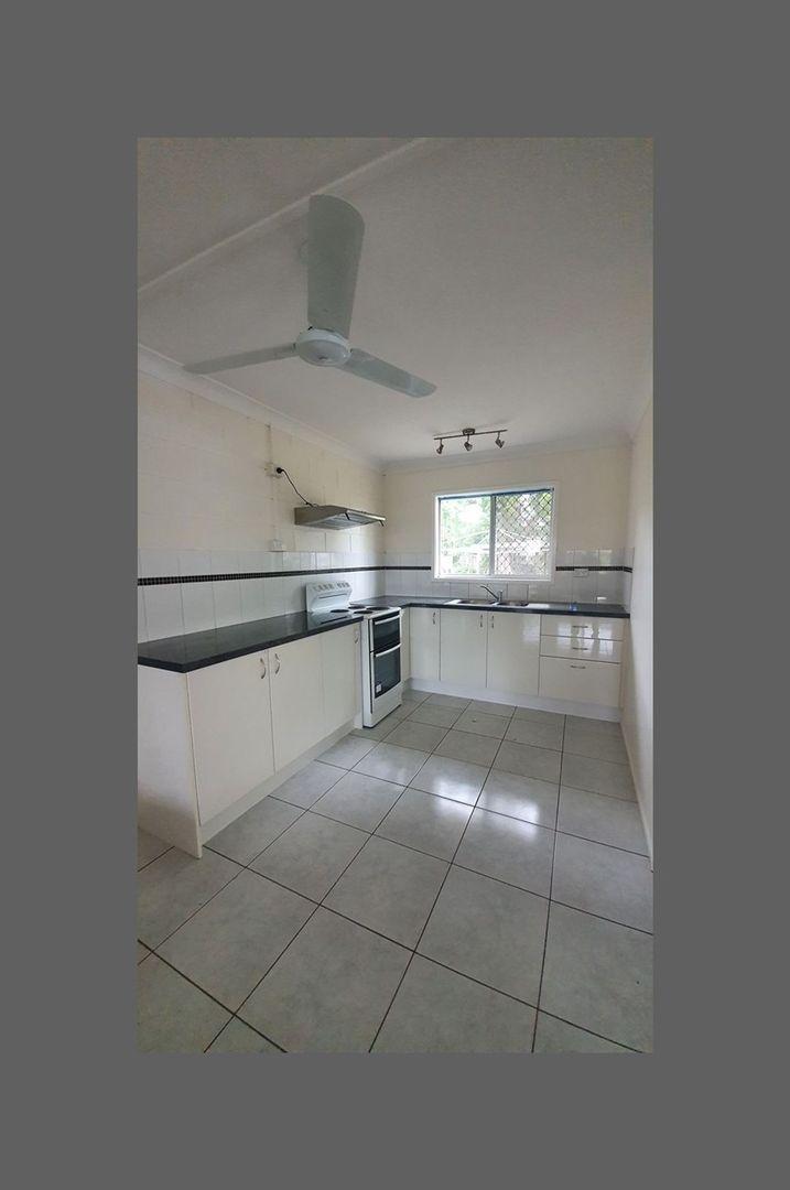 Unit 1/41 Nicholson Street, Allenstown QLD 4700, Image 2