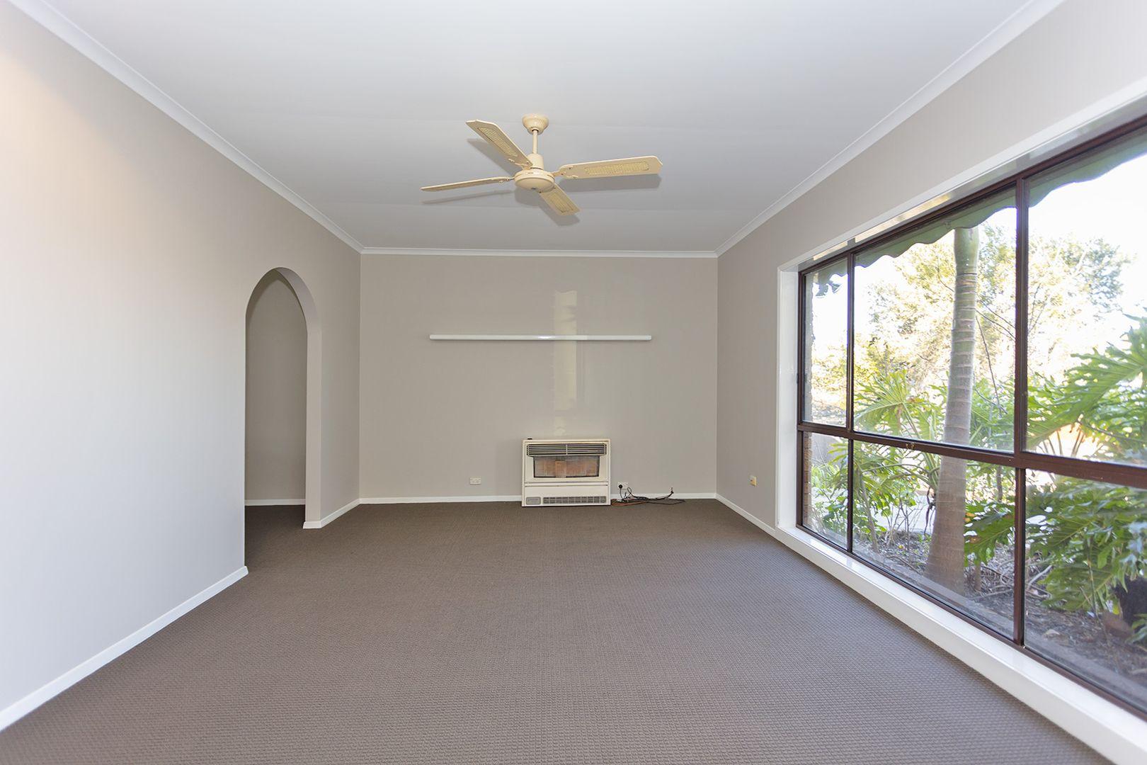 1094 Albetta Crescent, North Albury NSW 2640, Image 2