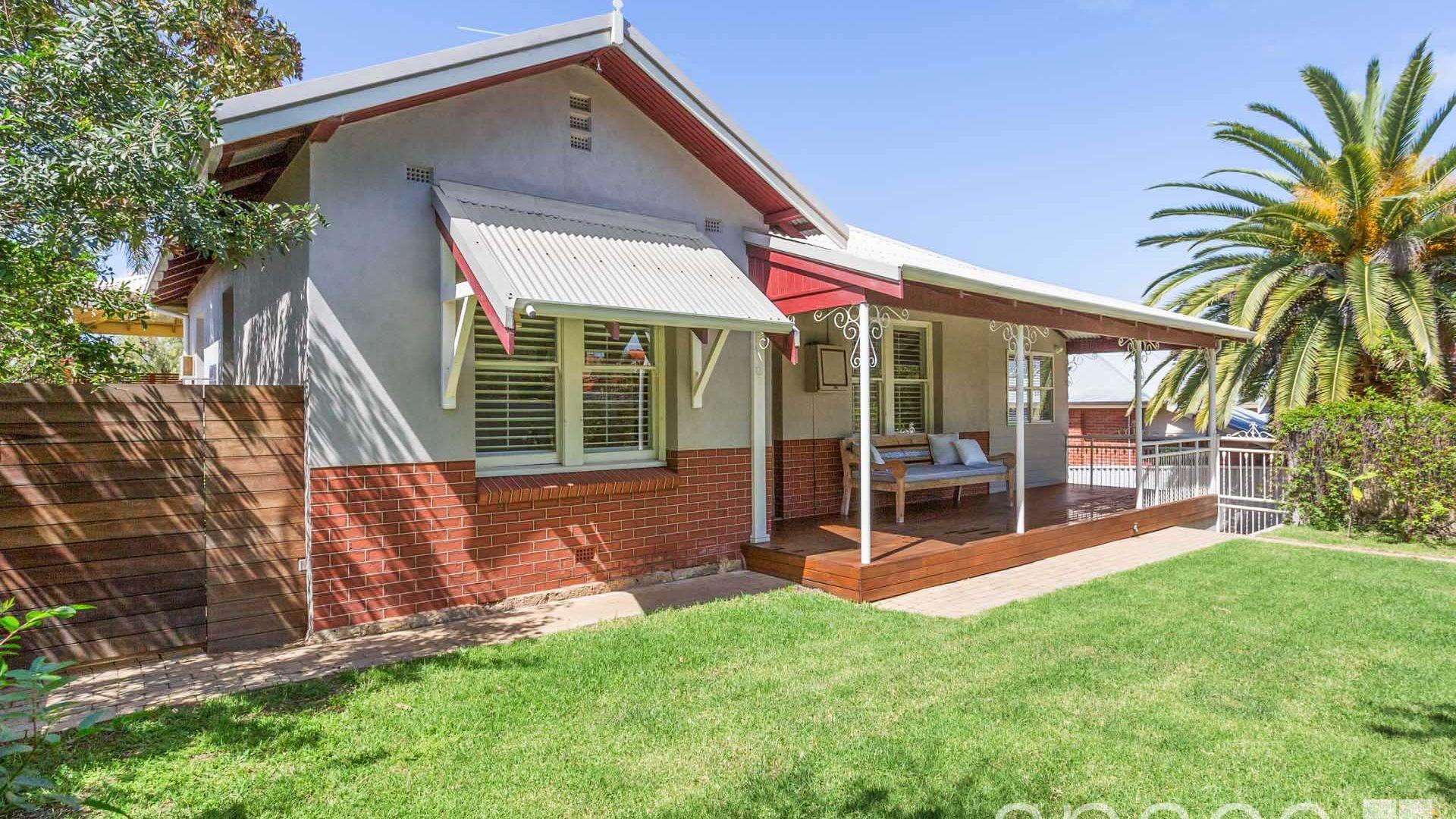 36a Windsor Road, East Fremantle WA 6158, Image 2