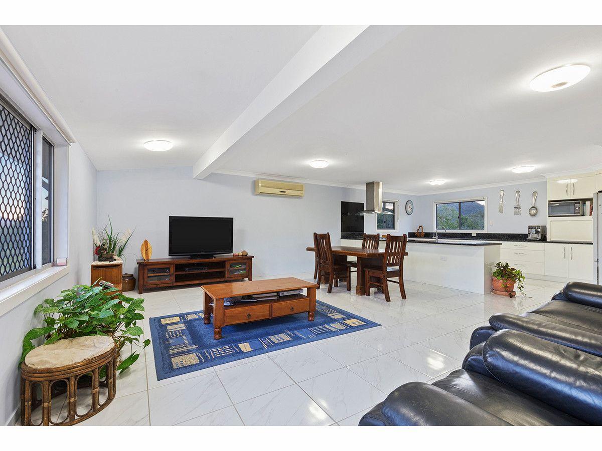 765 Keppel Sands Road, Coowonga QLD 4702, Image 2