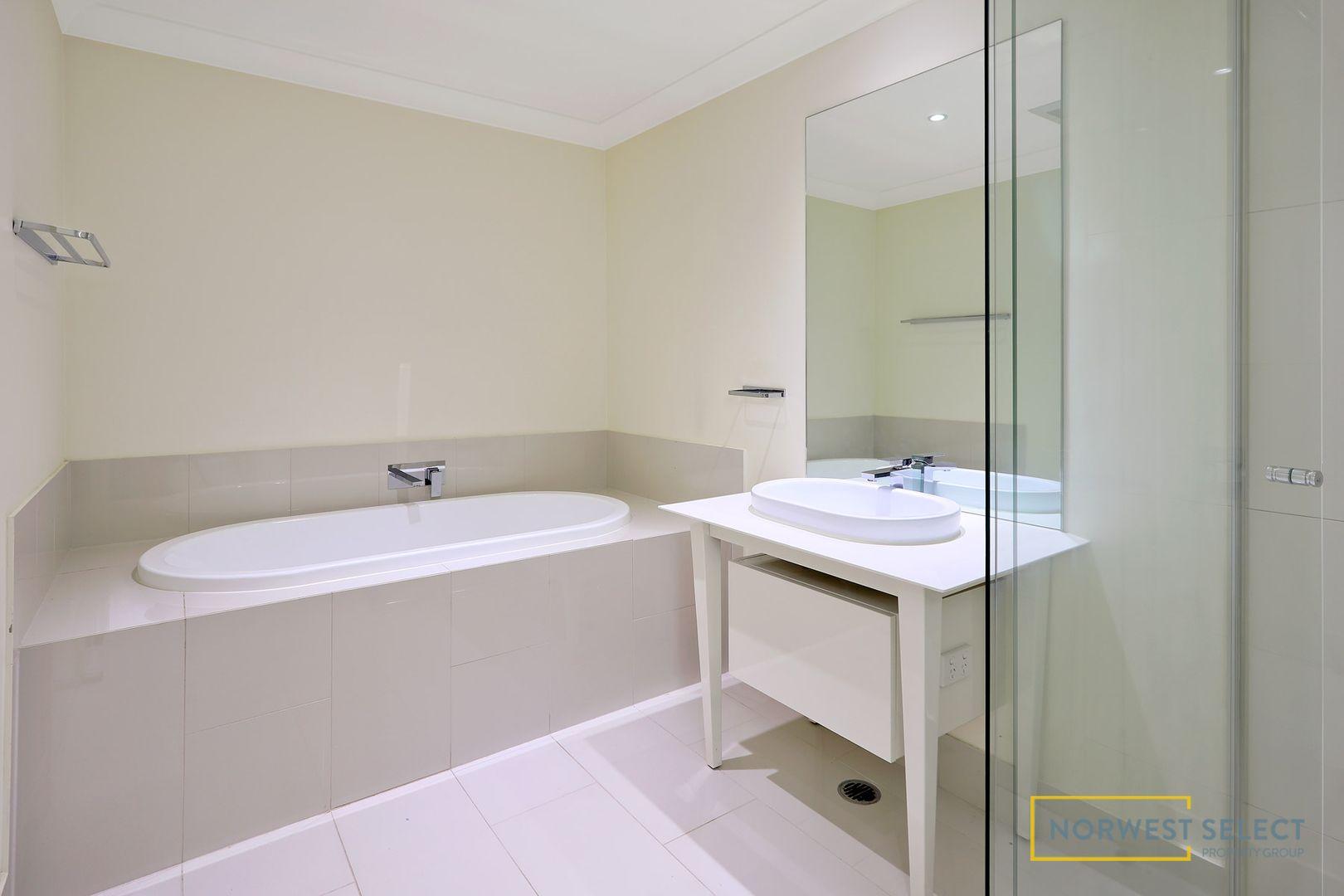34 Grace Crescent, Kellyville NSW 2155, Image 2