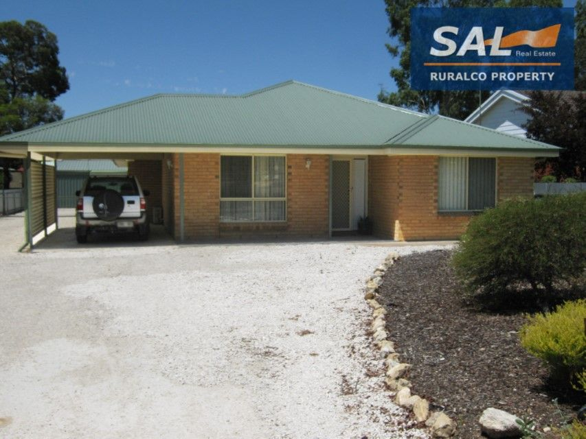 38 Wellington Street, Bordertown SA 5268, Image 0