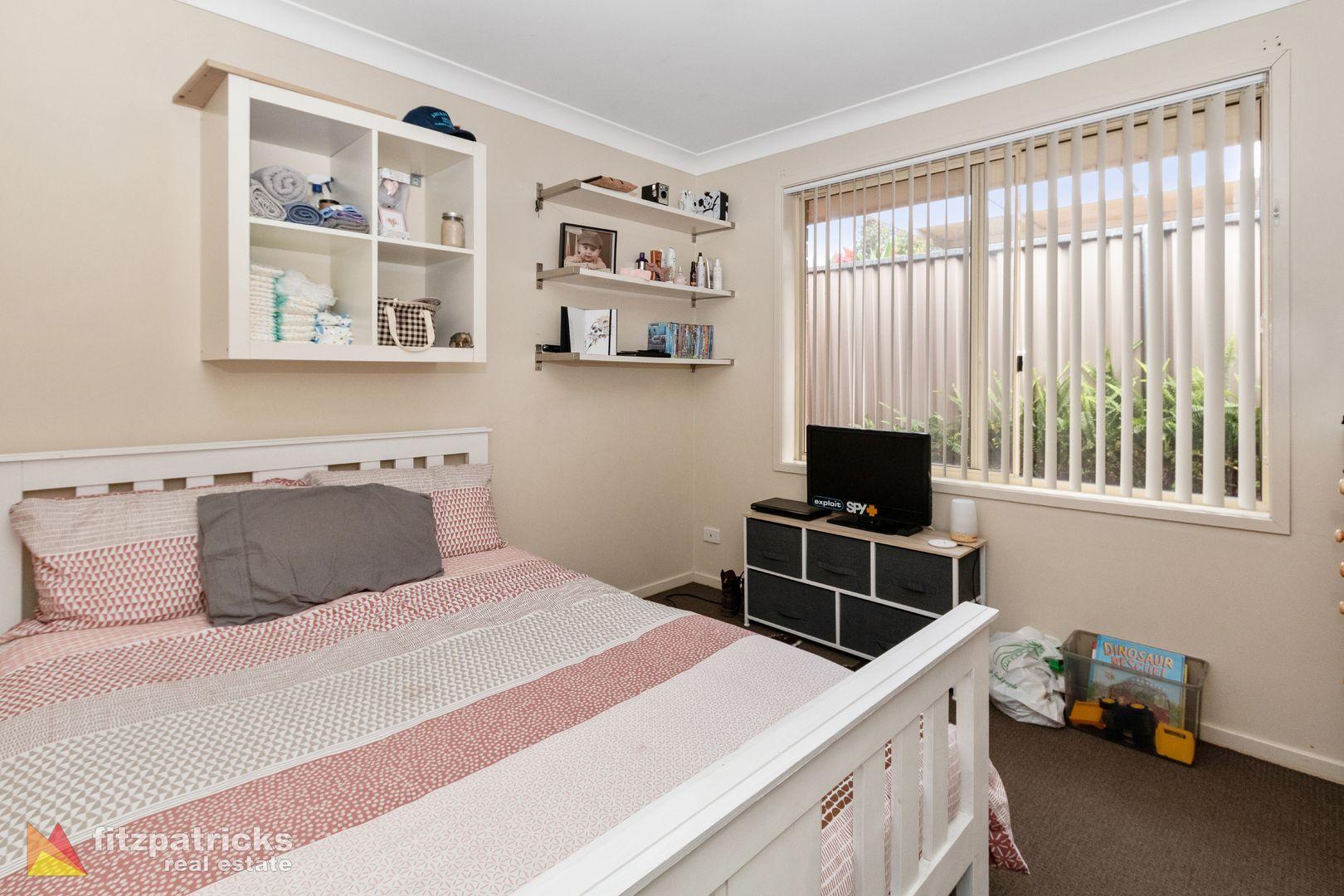 32 Simkin Crescent, Kooringal NSW 2650, Image 2