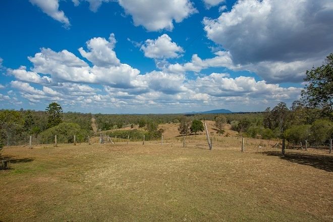 Picture of 102 Ellerslie Road, WOOCOO QLD 4620