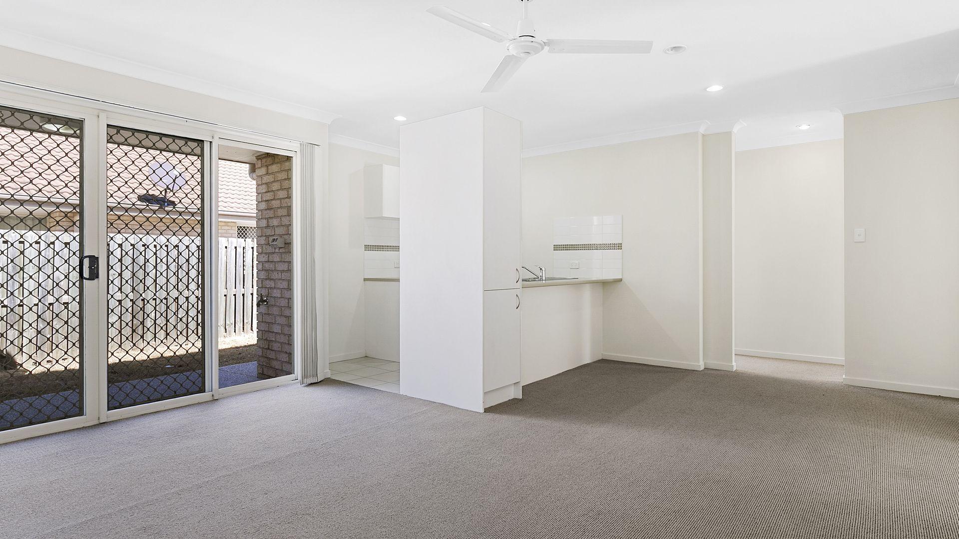 17/8 Rosegum Place, Redbank Plains QLD 4301, Image 1