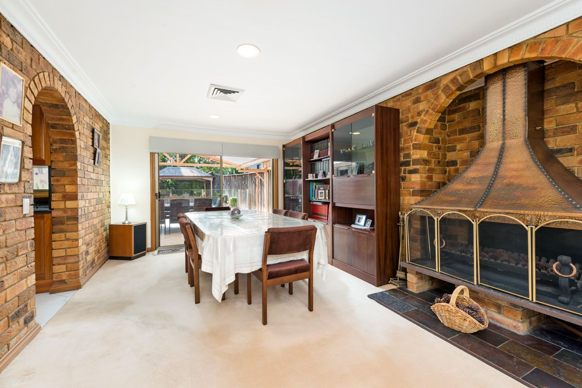 18 Andrew Place, North Rocks NSW 2151, Image 2