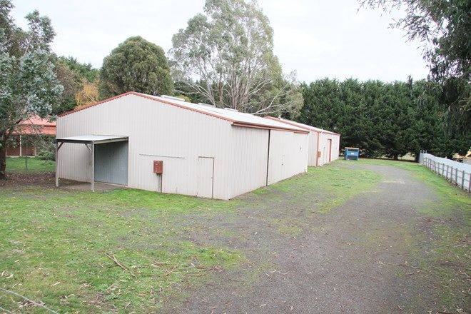 Picture of 5 Dryden Court, WOODEND NORTH VIC 3442