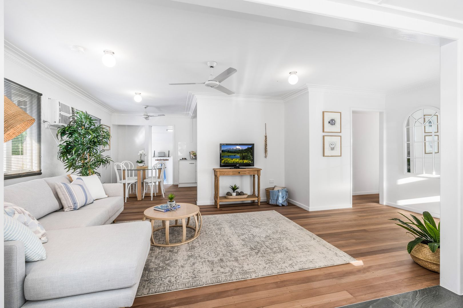 4 Sheryl Street, Manly West QLD 4179, Image 2