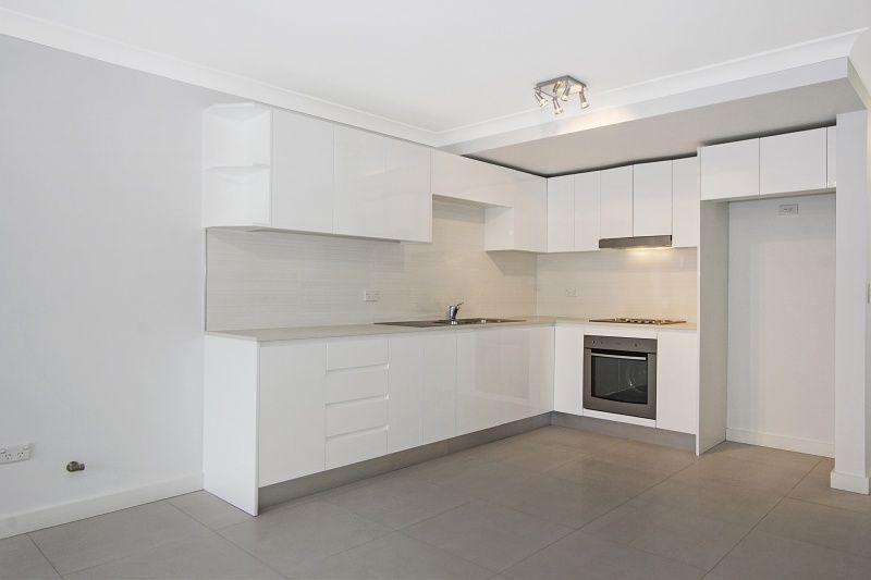 3/32 Tallawong Avenue, Blacktown NSW 2148, Image 1