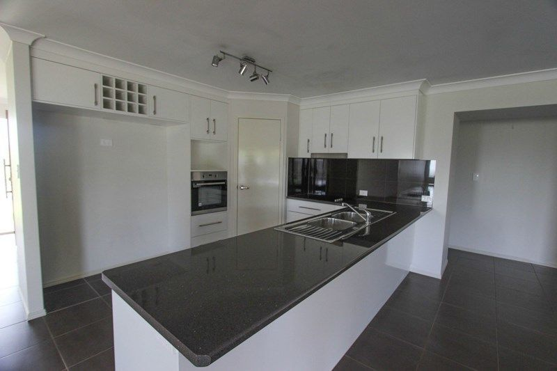 66 Old Goombungee Road, Meringandan West QLD 4352, Image 2