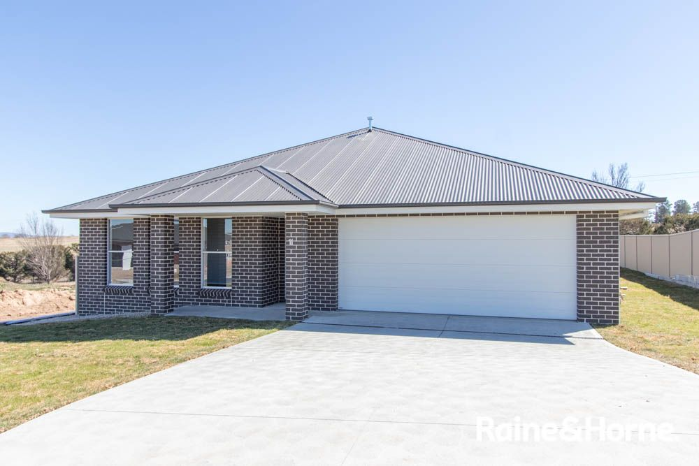 11 Newlands Crescent, Kelso NSW 2795, Image 0