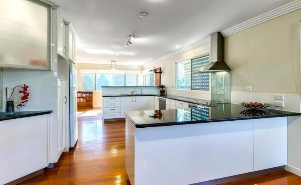 31 Scherger St, Moorooka QLD 4105, Image 2