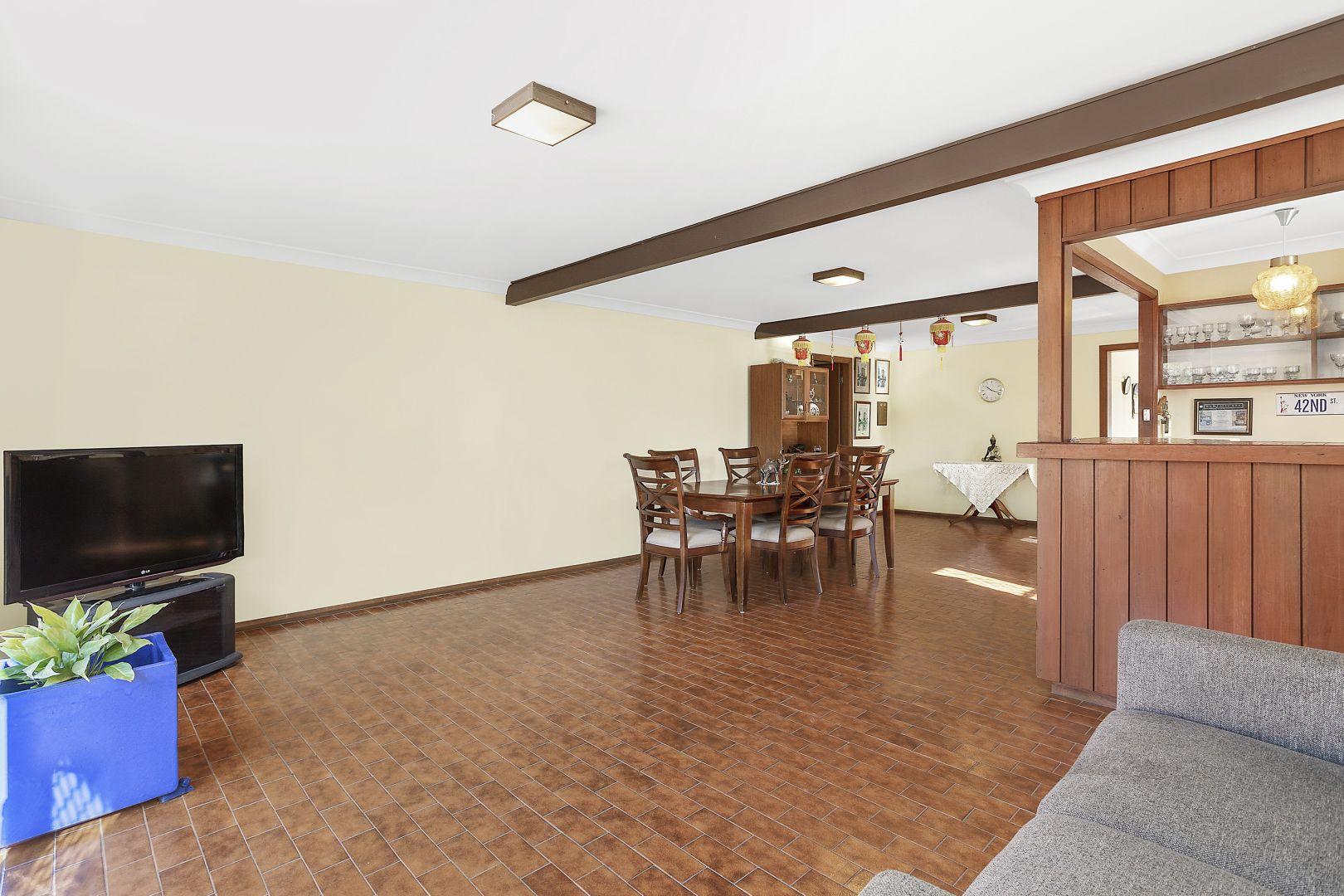 40 Chamberlain Avenue, Caringbah NSW 2229, Image 2