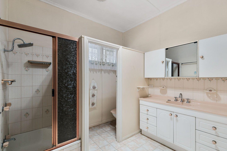 100 Ariadne St, Maryborough QLD 4650, Image 2