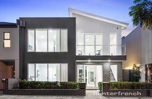 Picture of 8 Boathouse Drive, Caroline Springs VIC 3023