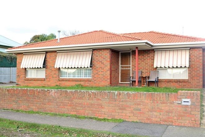Picture of 1/620 Doveton Street, SOLDIERS HILL VIC 3350