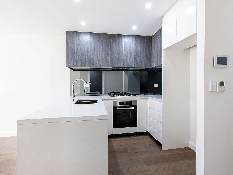 13A Garrigarrang Avenue, Kogarah NSW 2217, Image 2