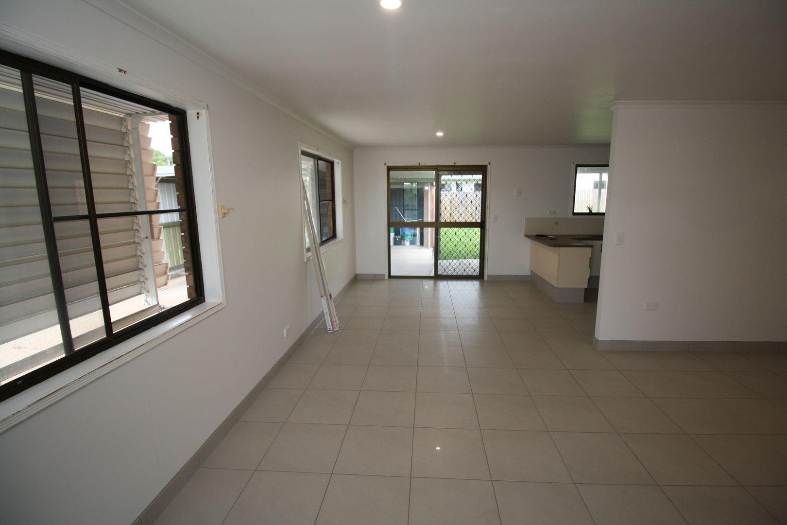 11 Connock Street, Urangan QLD 4655, Image 2
