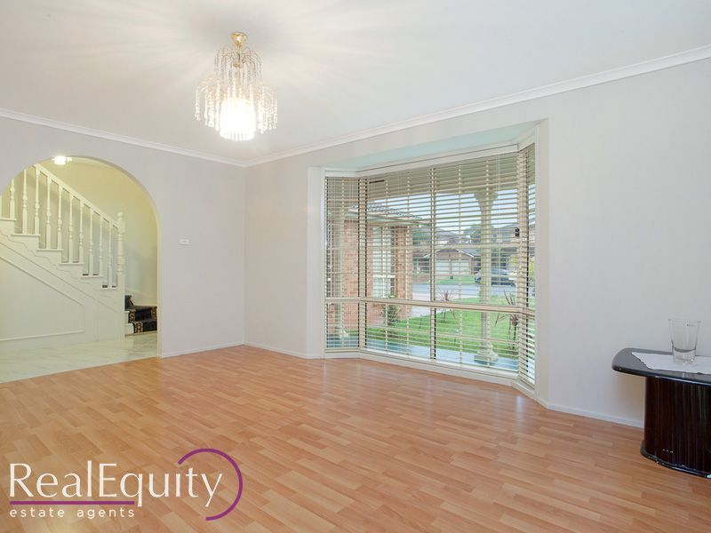 37 Derby Crescent, Chipping Norton NSW 2170, Image 2