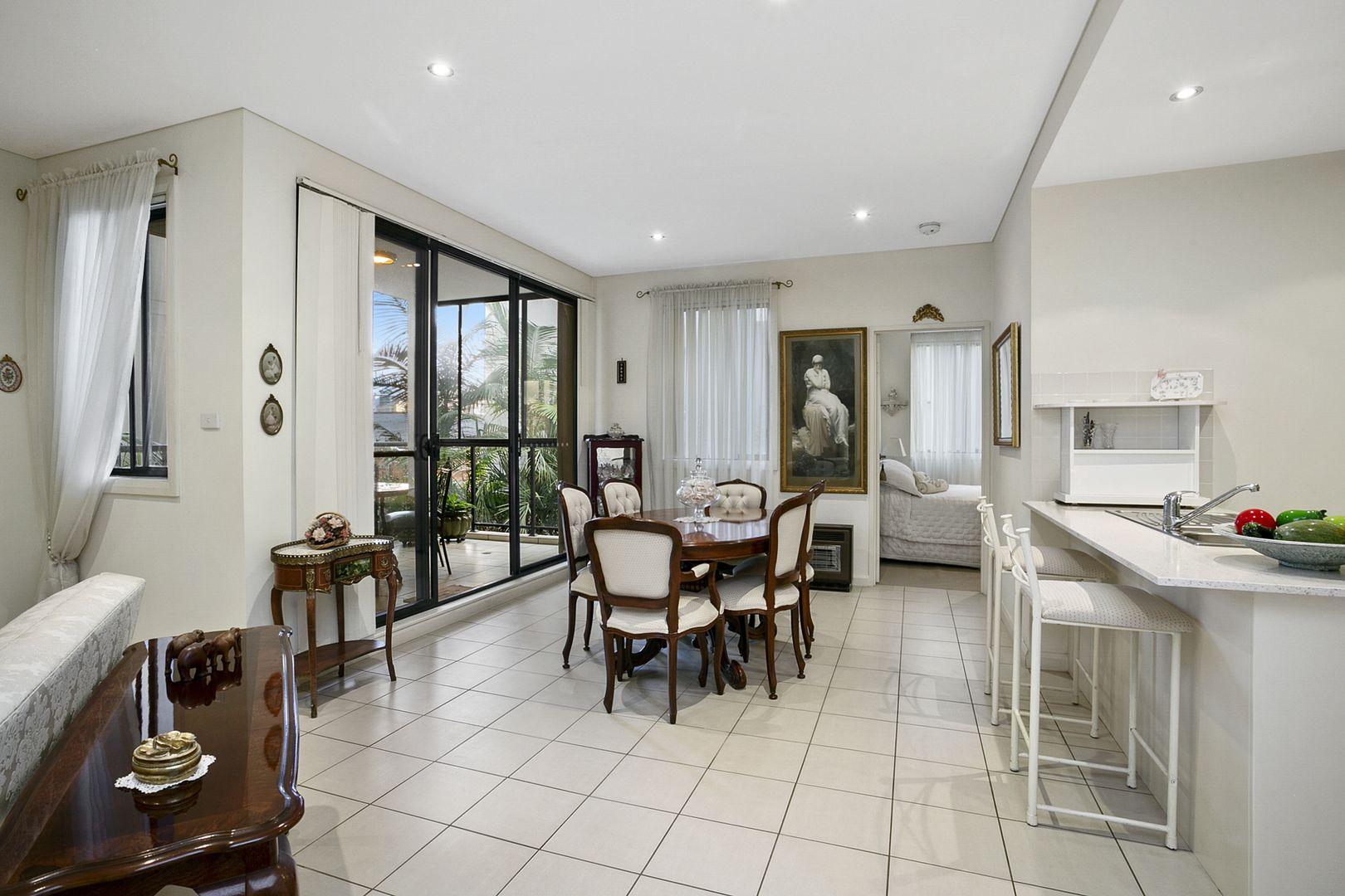 13/10 Oaks Avenue, Dee Why NSW 2099, Image 0