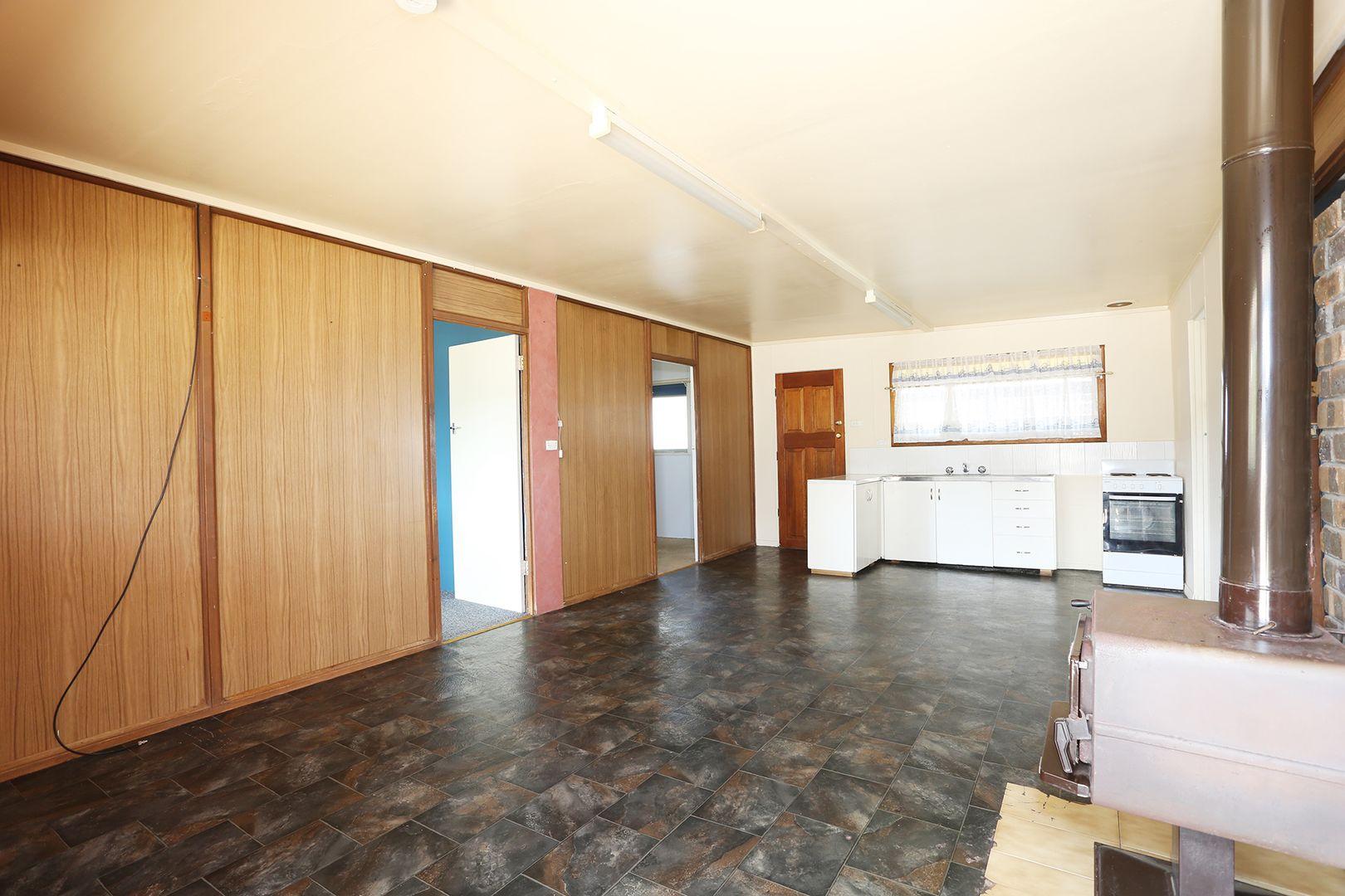 28 Barton Road, Tiddy Widdy Beach SA 5571, Image 2