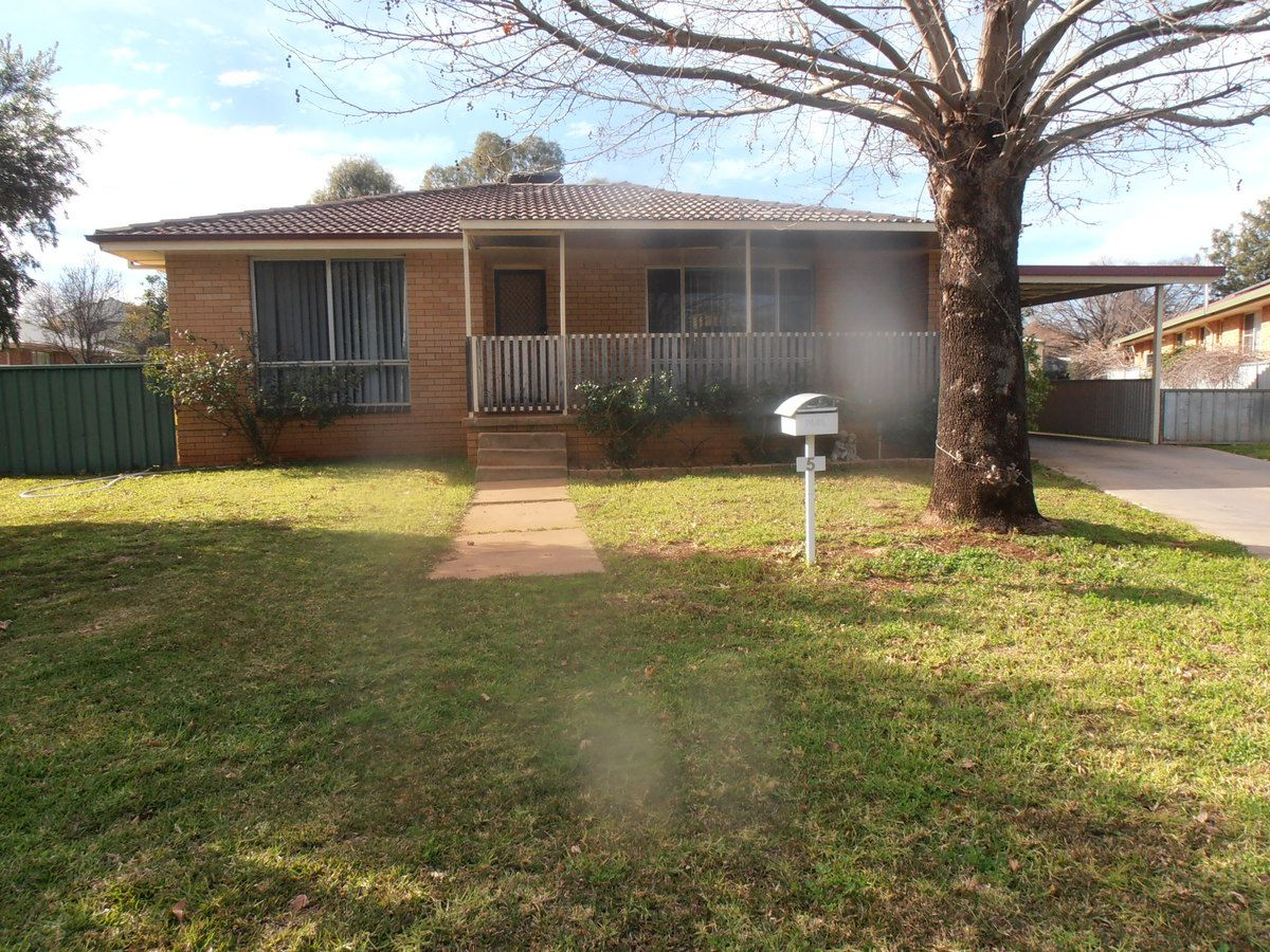 5 GIFFORD PLACE, Condobolin NSW 2877, Image 0